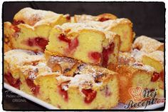 Křehoučká bublanina s jahodama Healthy Diet Recipes, Cooking Recipes, Czech Desserts, German Baking, Brittle Recipes, Delicious Desserts, Yummy Food, Czech Recipes, Summer Cakes