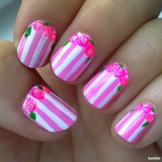 Cutest floral nails ever!