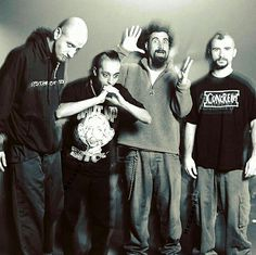 System of a Down! System Of A Down, Syndrome Of A Down, John Dolmayan, Metal Bands, Rock Bands, Music Pics, Nu Metal, Rock Music, Daron Malakian