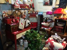 The very vintage sisters #rocklin-california-vintage, #rocklin-california-antiques