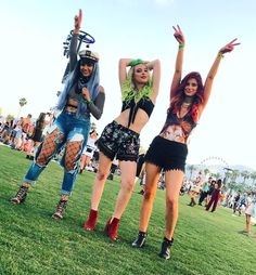 """1.1m Likes, 2,442 Comments - Lele Pons (@lelepons) on Instagram: """"COACHELLA DAY 2 WITH MY CHICAS"""""""