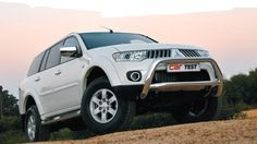 Review - poor Mitsubishi Pajero Sport, 4x4, Sports, Excercise, Sport