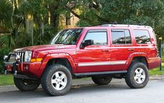 If I'm ever blessed with a Jeep Commander, I'm sure I should have a brush guard of some sort. Jeep Commander, Custom Jeep, Cool Jeeps, Jeep Liberty, Jeep Cars, Jeep Jk, Toyota 4runner, Toy Trucks, Jeep Grand Cherokee