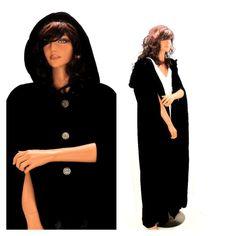 Vintage 60s black velvet cape 1960's full by SunnyBohoVintage
