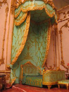 French Elegance Versailles Orange in Versailles! Chateau Versailles, Palace Of Versailles, Rococo, Baroque, Marie Antoinette, Bedroom Green, Bedroom Decor, Salmon Bedroom, Fancy Bedroom