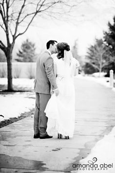"""LDS temple wedding Amanda Abel Photography - MormonFavorites.com """"I cannot believe how many LDS resources I found... It's about time someone thought of this!"""" - MormonFavorites.com"""
