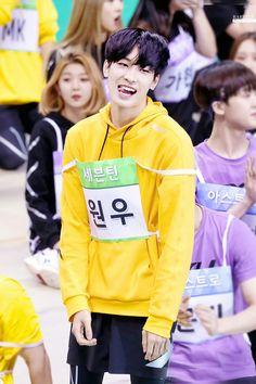 180820 at Idol Star Athletics Championship © Raffine Woozi, Jeonghan, Diecisiete Wonwoo, The8, Seungkwan, Vernon, Seventeen Album, Mingyu Seventeen, Hip Hop