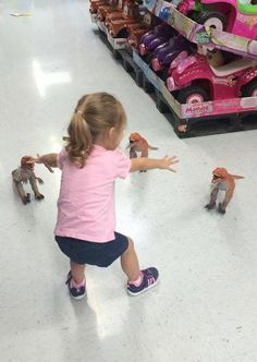 Here's one of the cutest Jurassic World recreations I've seen!