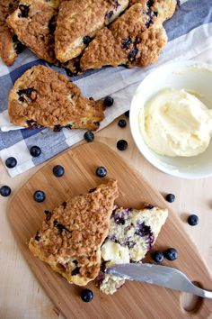 blueberry streusel scones w/ lemon butter (Lemon Butter Easy)