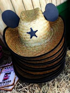 Minnie mouse cowgirl birthday party hats