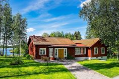 Small Buildings, Swedish House, Small Places, Scandinavian Home, Picture Design, Exterior Design, Beautiful Homes, Sweet Home, Villa