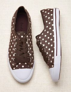 Discover Boden's wide range of high-quality footwear, from luxurious leather boots and flats to party shoes for every occasion. Plimsolls, Sneakers Fashion, Women's Sneakers, Ladies Sneakers, Party Shoes, Brown Beige, Mode Style, Running Shoes For Men, Me Too Shoes