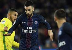 Sur ses réseaux sociaux, Javier Pastore a fermé la porte à un départ du Paris Saint-Germain cet hiver.
