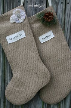 before Christmas I WILL have 2 burlap stockings ready to be filled :)