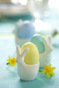 pasztell tavaszi színvilág, húsvéti reggeli