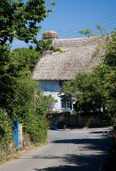 Thatched cottage - Landwednack, Cornwall (between Lizard village and Church Cove)