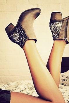 Glitter Boots, boots, booties, low heel, glitz blitz, holiday look