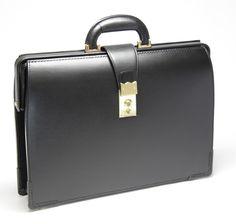 画像[/product/back/953-R-BLK-600.JPG]|ランドセル・鞄・革財布の大峽製鞄(おおばせいほう)