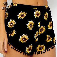 Hot Sale New 2017 Summer Style Shorts Women Black Beach Pom Pom Ball Tassel Sunflower Print Short Feminino Sexy Elastic Waist Hot Shorts, Hot Pants, Summer Shorts, Summer Outfits, Cute Outfits, Casual Shorts, Black Shorts, Mini Shorts, Loose Shorts