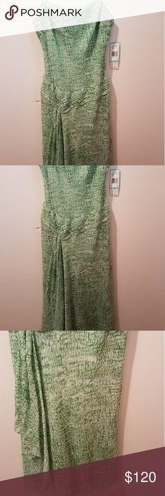 Anne Klein Anne Klein light green print dress with t-straps Anne Klein Dresses High Low