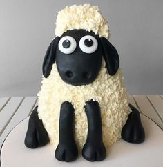 Fluffly little Shaun wants to come to your party! Finished with delicious swirls of vanilla buttercream and fondant details. 2 Year Old Birthday Cake, 3rd Birthday Cakes, Character Cakes, Shaun The Sheep Cake, Eid Cake, Barney Birthday, Mcqueen Cake, Sheep Crafts, Barnyard Party