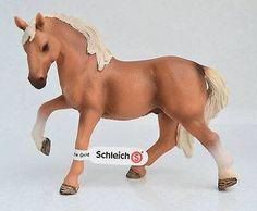 Schleich Exclusive- Luistano Gelding - Palomino Flaxen Chestnut 30427107a3e