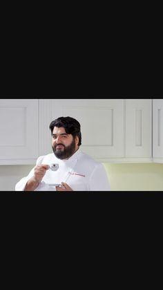 Oggi in piccolo video di uno chef, ovvero Cannavacciuolo,stava facendo uno spot pubblicitarioche mi ha fatto davvero ridere