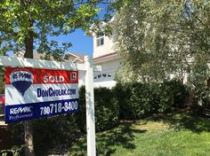425 Ozerna is now SOLD!