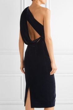 EXCLUSIVE AT NET-A-PORTER.COM. Cushnie et Ochs' is our go-to for contemporary evening dresses. Crafted from plush velvet, this flattering one-shoulder design turns to reveal a draped, cutout back that shows just the right amount of skin. The rich midnight-blue hue has deep violet undertones and is a chic alternative to classic black.