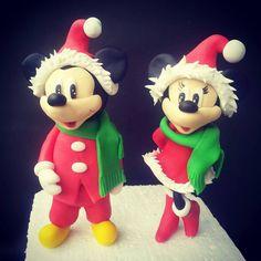 miki & mini Minnie Mouse, Christmas Ornaments, Disney Characters, Holiday Decor, Mini, Home Decor, Art, Art Background, Decoration Home