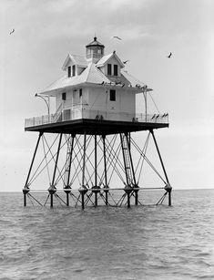 Coast Guard light station on stilts off Dry Tortugas near Key West (1949). | Florida Memory