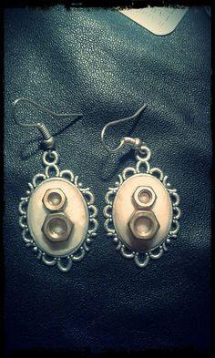 Guarda questo articolo nel mio negozio Etsy https://www.etsy.com/it/listing/387320730/bolts-earrings