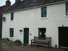 Kirriemuir, UK : JM Barrie's Birthplace  Cette photo de Kirriemuir est fournie gracieusement par TripAdvisor