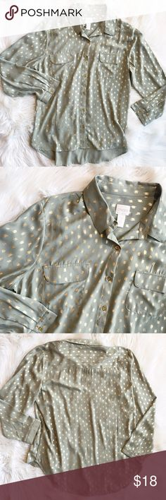"Chico'ss Button down Blouse Excellent condition button down top with gold pattern all over. Size 2. No trades, offers welcome. 100% polyester, length - 26"", Bust - 23.5"", waist -23"". Please refer to measurements for best fit. Chico's Tops Blouses"