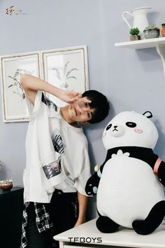 My Homepage Discover new things anytime, anywhere. My Ride Or Die, Jackson Yi, Chinese Boy, Asian Actors, My Guy, Hot Boys, To My Future Husband, Cute Wallpapers, Boy Groups