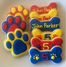 Paw Patrol Cookies One Dozen by CookiesByHannah on Etsy Bolo Do Paw Patrol, Paw Patrol Pinata, Torta Paw Patrol, Paw Patrol Cupcakes, Paw Patrol Party, Royal Icing Cookies, Sugar Cookies, Paw Patrol Birthday Theme, Party Favors For Kids Birthday