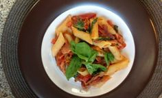 Bachelor's bacon & basil penne Penne, Basil, Cantaloupe, I Am Awesome, Favorite Recipes, Chicken, Meat, Fruit, Food