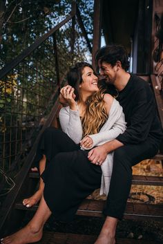 ✔ Couple Poses For Pictures Boyfriends Couples Poses For Pictures, Couple Picture Poses, Couple Photoshoot Poses, Photo Couple, Cute Couple Poses, Couple Posing, Maternity Pictures, Wedding Photoshoot, Couple Pictures