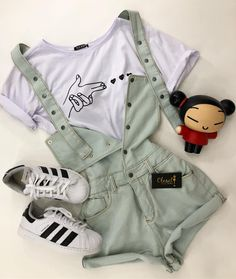 Style Aesthetic Clothes 34 New Ideas Girls Fashion Clothes, Teen Fashion Outfits, Edgy Outfits, Cute Casual Outfits, Retro Outfits, Trendy Fashion, Vintage Outfits, Preteen Fashion, Teen Clothing