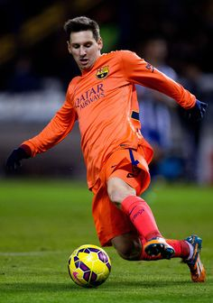 Lionel Messi of FC Barcelona controls the ball during the La Liga match between RC Deportivo La Coruna and FC Barcelona at Riazor Stadium on January 18, 2015 in La Coruna, Spain.