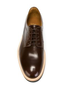Put your best foot forward in our selection of derby shoes for men at Farfetch. Find Gucci's bold designs alongside the classic style of Santoni and Tagliatore. Prom Shoes, Men's Shoes, Shoe Boots, Paul Smith, Brown Wingtip Shoes, Branded Shoes For Men, Only Shoes, Derby Shoes, Beautiful Shoes
