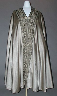 Cape Liberty & Co.  (British, founded London, 1875)  Date: 1915–20 Culture: British Medium: silk, metal thread. Front