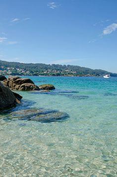 Praia Areabrava, Cangas, Galicia.