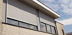 Luxaflex® Screens, een duurzame vorm van zonwering die toepasbaar is in tal van situaties. Dit product beschermt uw interieur tegen zon en warmte en voorkomt hinderlijke schitteringen. De screens geven overdag goed zicht naar buiten, maar belemmeren de inkijk naar binnen.