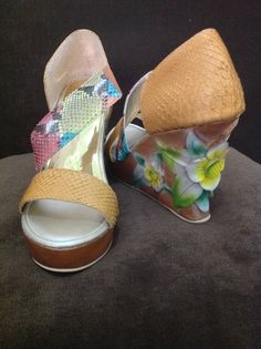 My wedges desain, wooden craft and phyton leather handmade from Indonesia. Limited edition, FOR SALE..