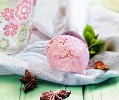 Παγωτό φράουλα από την Αργυρώ Μπαρμπαρίγου! Food Categories, Ice Cream, Sweet, Desserts, Recipes, Random, No Churn Ice Cream, Candy, Tailgate Desserts