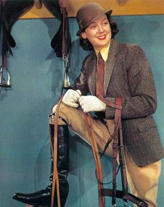 I have always adored her! Old Hollywood Glamour, Golden Age Of Hollywood, Classic Hollywood, Auntie Mame, Rosalind Russell, Joan Bennett, Land Girls, Dramatic Arts, Star Wars