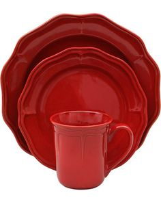 Better Homes & Gardens, Simply Fluted Dinnerware set in Red Garnet, beautiful shade of red & sleek finish. Red Dinnerware, Christmas Dinnerware, Christmas Dishes, Spode Christmas, Country Christmas, Christmas Holidays, Red Kitchen, Kitchen Dining, Kitchen Decor