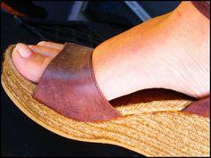 Rimedi naturali contro i piedi stanchi e gonfi
