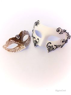 Couples White Masquerade Masks With Shimmer, Couples Mask Pair, Elegant Masks, Wedding Masquerade Masks for Bride & Groom, Red Carpet Events White Masquerade Mask, Couples Masquerade Masks, Masquerade Costumes, Masquerade Ball, Costume Birthday Parties, White Couple, Beautiful Mask, Red Carpet Event, Hand Designs